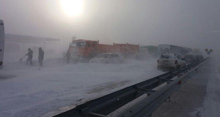 Астана-Қарағанды тас жолы
