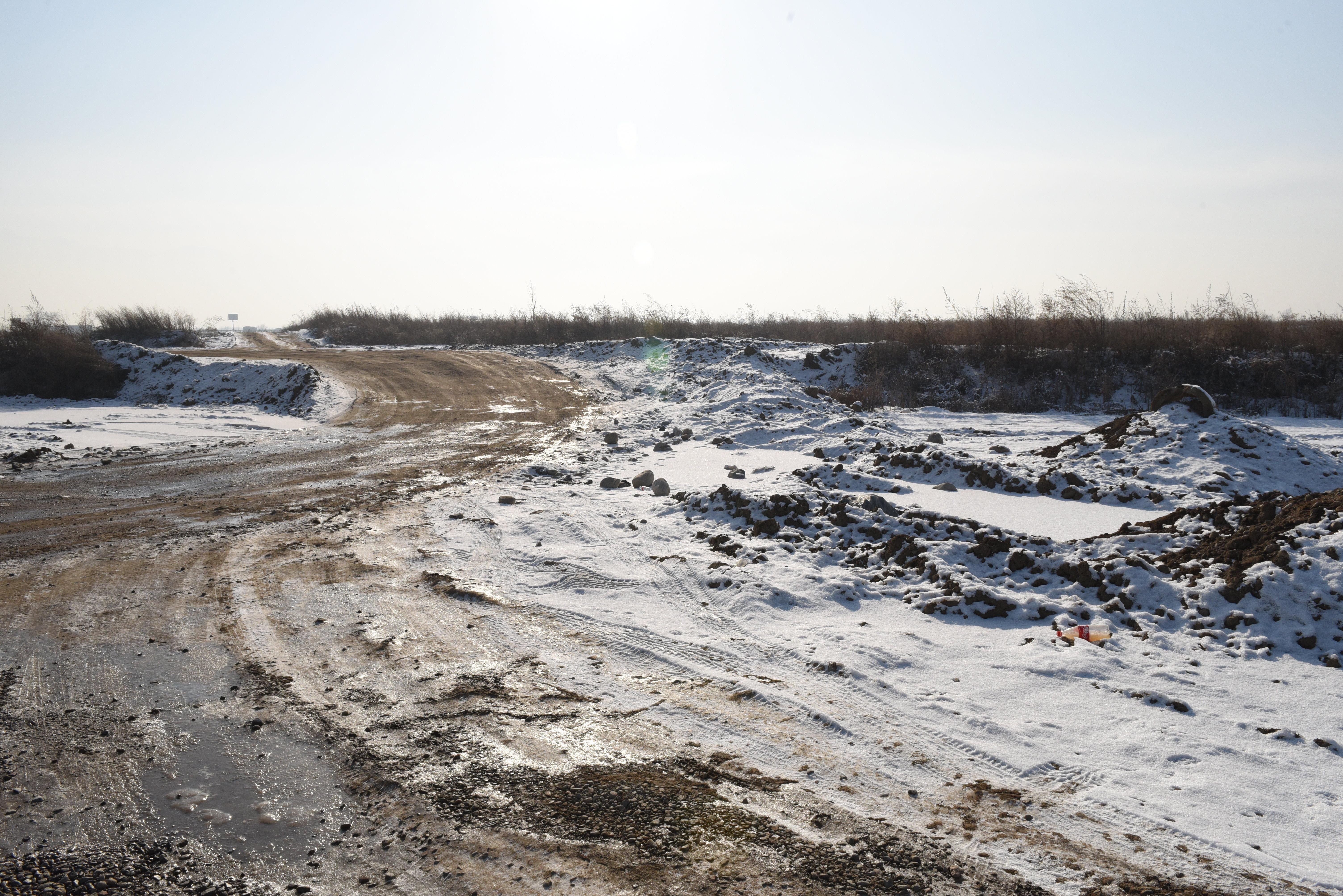 Пустырь на месте инвестиционного проекта Гейт Сити в Алматинской области