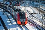 Электропоезд, архивное фото