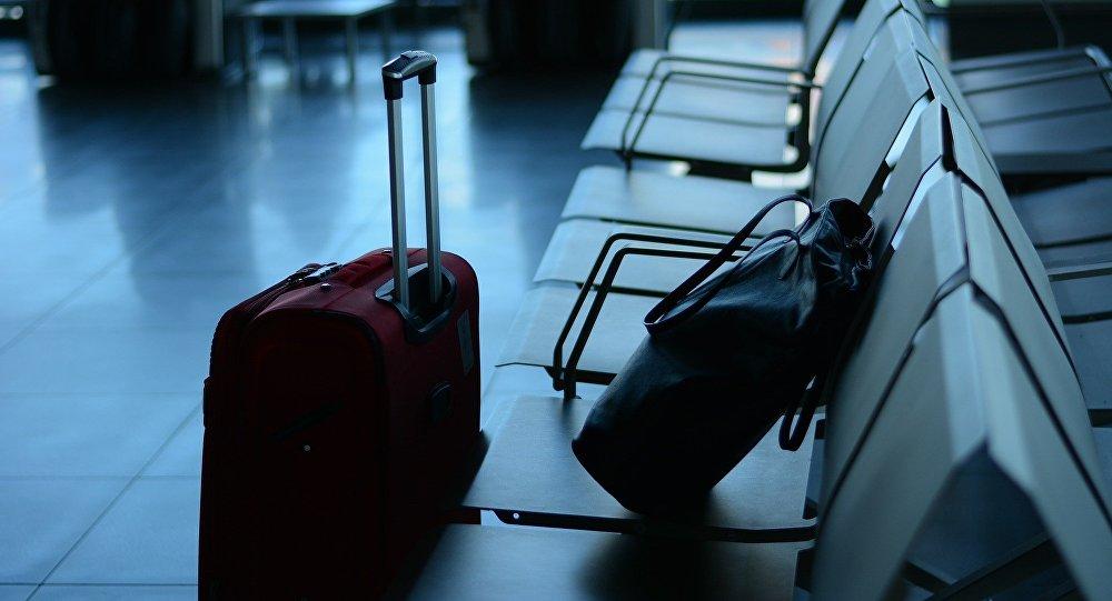 Человек в чемодане: пранкера арестовали за хайп в аэропорту