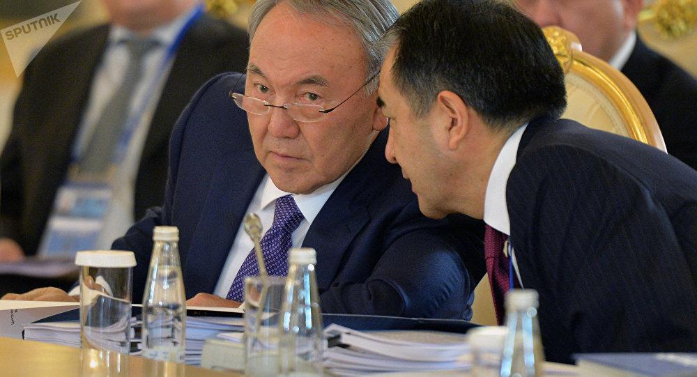 Нурсултан Назарбаев и Бакытжан Сагинтаев
