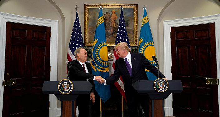 Нурсултан Назарбаев и Дональд Трамп, архивное фото