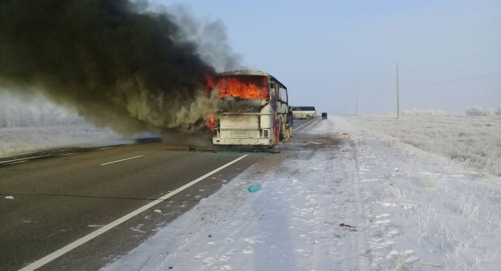 Ақтөбе облысында автобус өртеніп кетті, 52 адам қаза болды