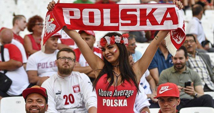 Болельщики сборной Польши, архивное фото