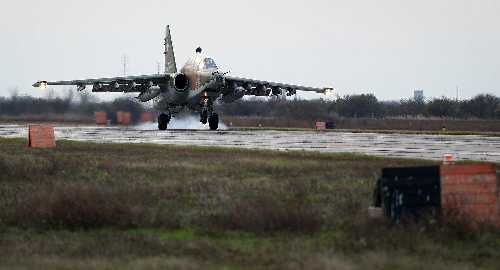 Летно-специальная подготовка экипажей штурмовиков Су-25 в Краснодарском крае