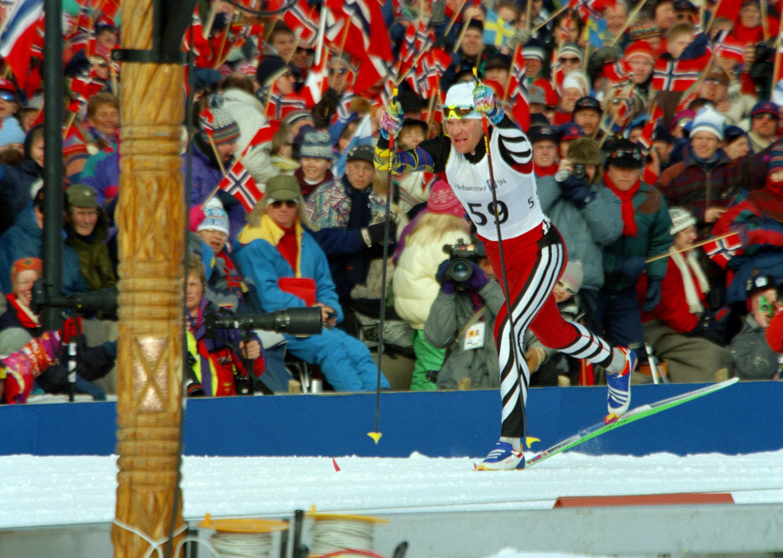 Владимир Смирнов финиширует на зимних Олимпийских играх в Лиллехаммере, 1994 год