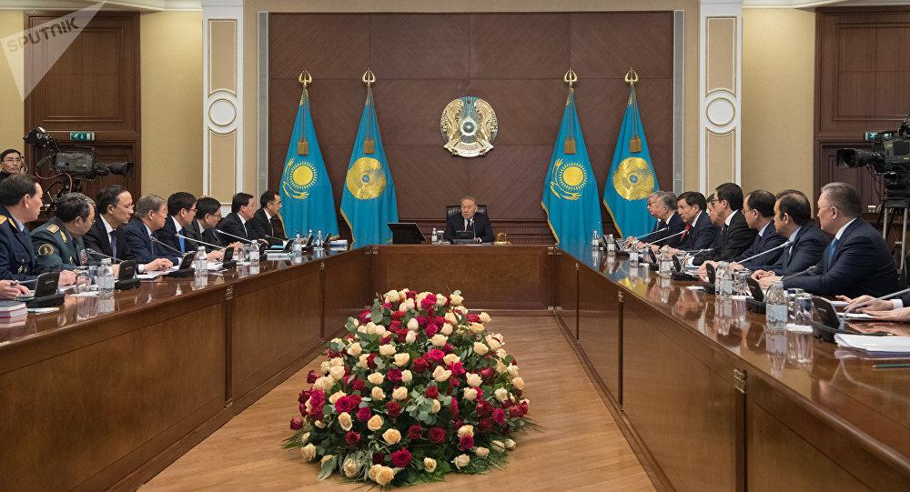 Елбасы Нұрсұлтан Назарбаев төрағалық еткен Үкіметтің кеңейтілген отырысы