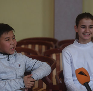 Алла Сильченко и Аханов Даулетхан на проекте Ты-супер!
