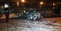 Автомобиль влетел в кинотеатр Целинный в Алматы