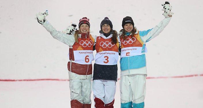 Олимпийской чемпионкой стала Перрен Лафонт из Франции, серебро завоевала Дюфуа-Лапуант из Канады