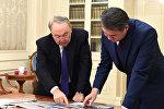 Президент Нурсултан Назарбаев и аким Астаны Асет Исекешев, архивное фото