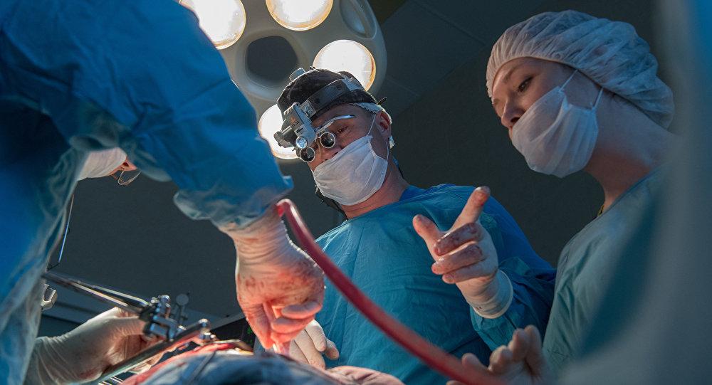 Операция, архивное фото