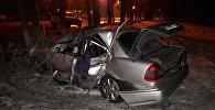 Алматыда Mercedes аударылып, бір адам қаза тапты