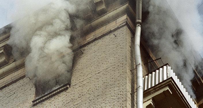 Пожар в жилом доме, архивное фото