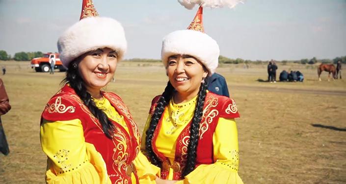 Герои фильма о жизни казахов за рубежом Қиырдағы қазақтар