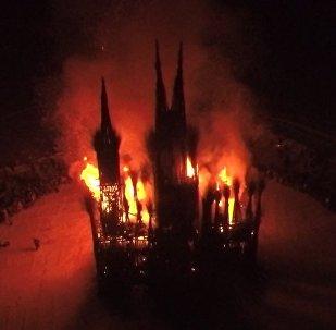 Сожжение масленичной скульптуры