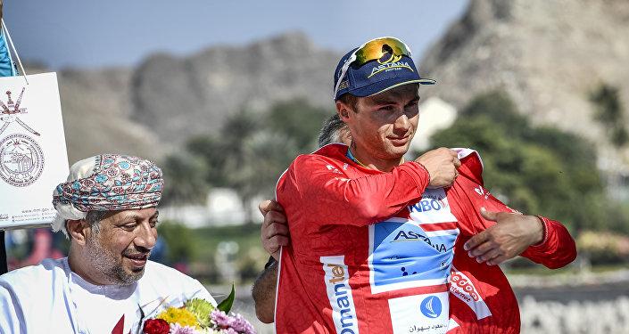 Казахстанский велогонщик Алексей Луценко стал первым казахстанским победителем многодневной велогонки высшей категории сложности Тур Омана