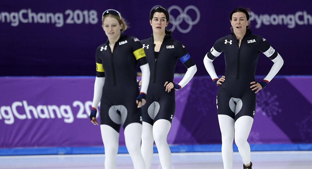 Всех удивила олимпийская форма конькобежек США