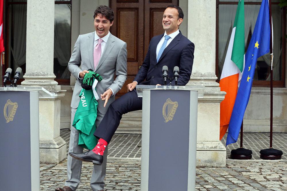 Премьер-министр Джастин Трюдо и его ирландский коллега Лео Варадкар во время визита канадского премьера в Дублин во вторник перед саммитом G20 в Гамбурге, 4 июля 2017 года