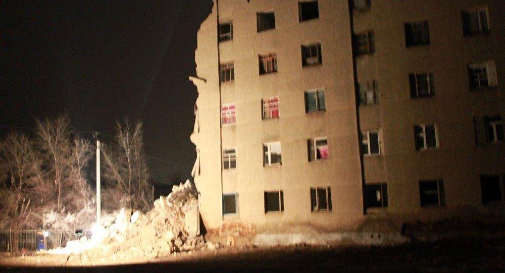 Обрушение общежития в Кызылорде