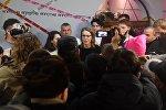 Ксения Собчак в предвыборном штабе, архивное фото