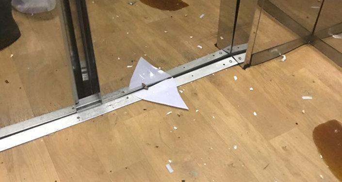 Два человека пострадали из-за технической остановки лифта в здании Казахского национального университета имени аль-Фараби