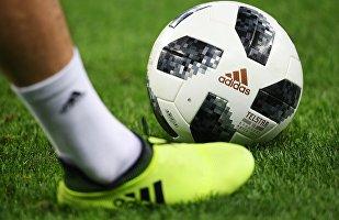 Официальный мяч чемпионата мира по футболу 2018 Telstar, архивное фото