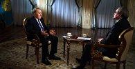 Президент Казахстана Нурсултан Назарбаев во время интервью Первому каналу