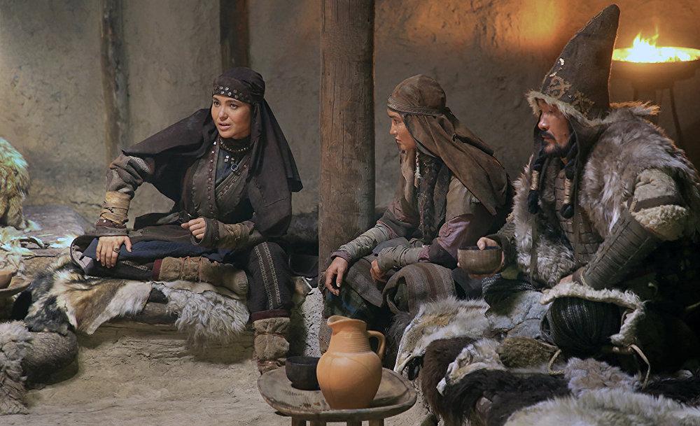 На киностудии Казахфильм идут съемки очередных  эпизодов фильма Томирис