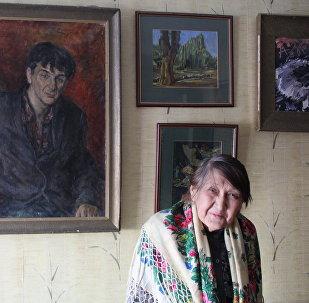 Клара Турумова-Домбровская
