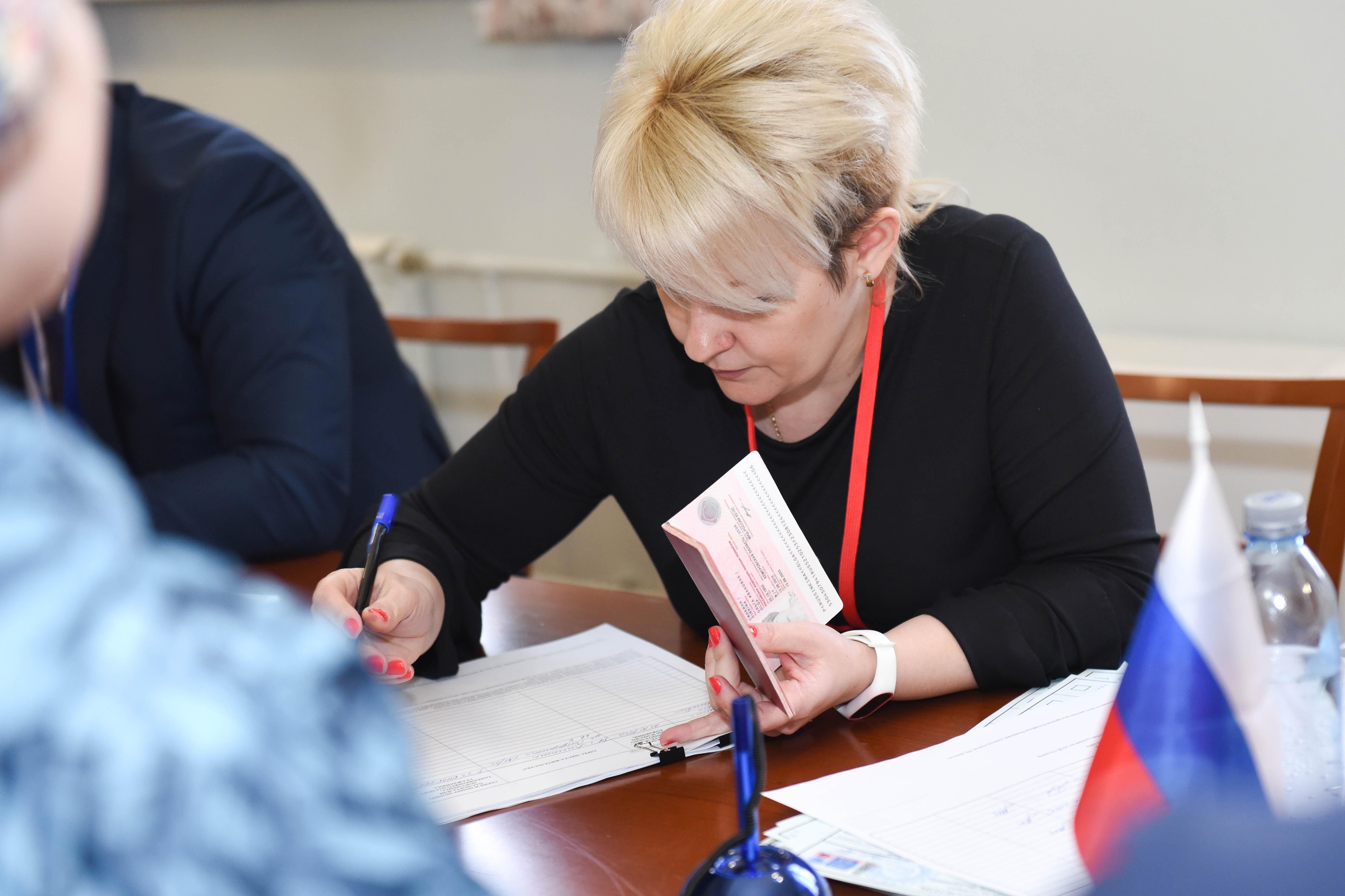 Избирательный участок в Алматы