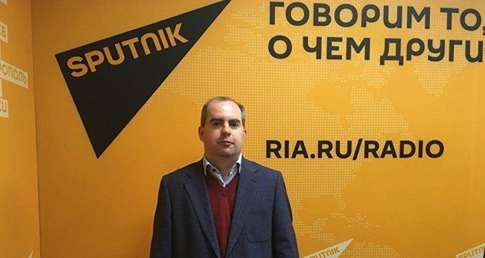Политолог Максим Жаров