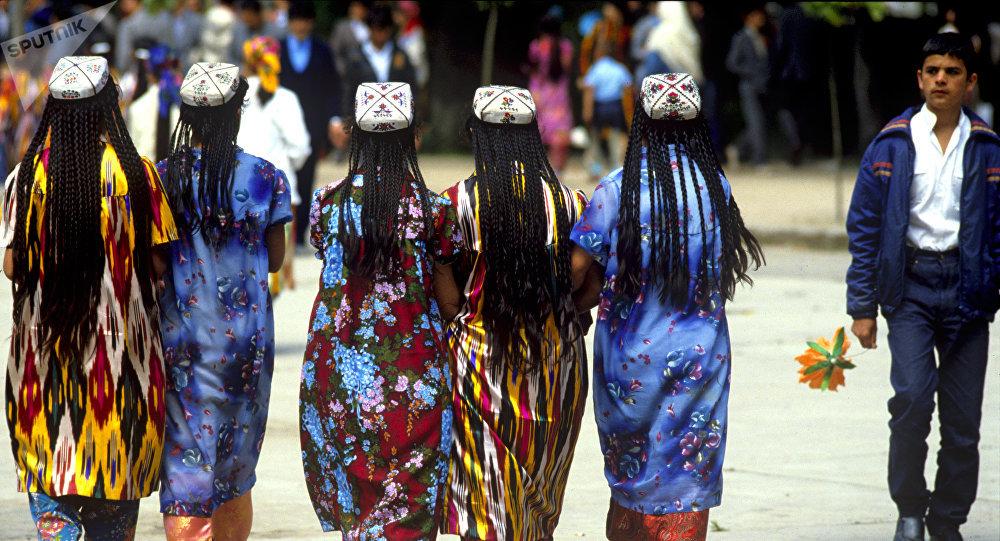 Домашние фото девушек из таджикистана — pic 4