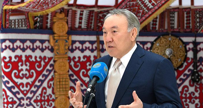 Нурсултан Назарбаев посетил праздничные мероприятия в честь Наурыза