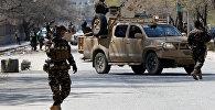 Афганские военные на месте взрыва