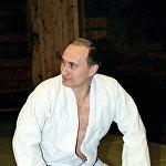 РФ президенті Владимир Путин Ново-Огареводағы резиденциясында дзюдо жаттығуы кезінде.