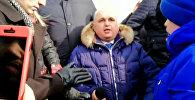 Вице-губернатор Кузбасса Сергей Цивилев на коленях просил прощения за трагедию в ТЦ Зимняя вишня