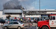 Пожар в автомобильном салоне в Санкт-Петербурге