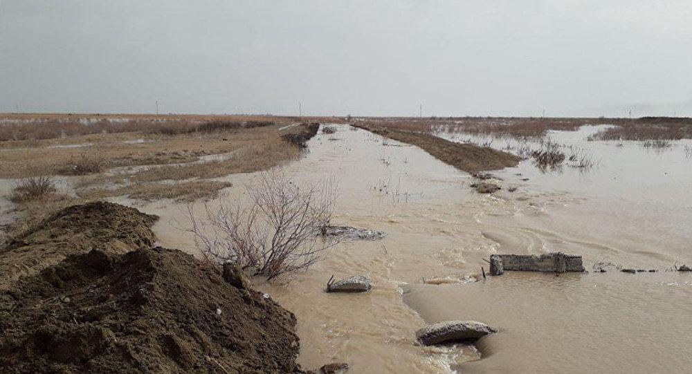Поднятие уровня воды на реке Сырдарья