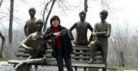 Памятник группе The Beatles, установленный в Алматы