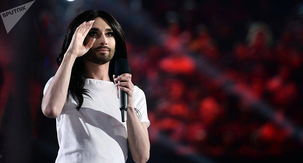 Победитель конкурса песни Евровидение 2014 Кончита Вурст