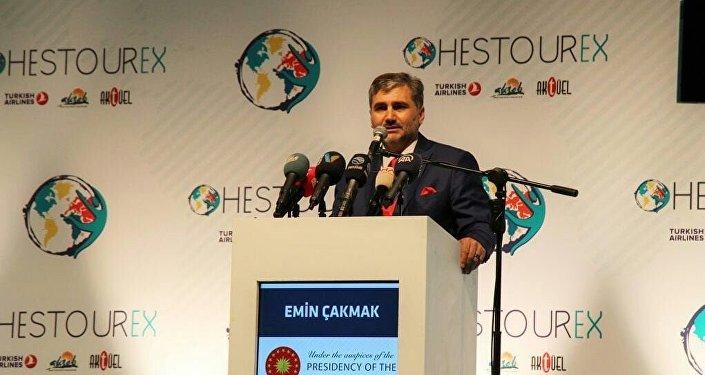 Основатель Турецкой Ассоциации Медицинского Туризма (ТНТС) Эмин Чакмак на выставке HESTOUREX-2018. ТНТС имеет 151 представительство в 91 стране мира.