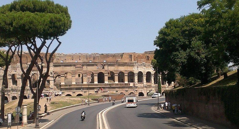 Колизей, архив