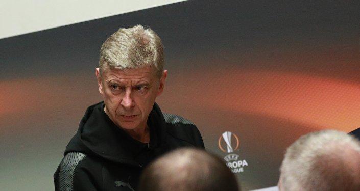Главный тренер ФК Арсенал Арсен Венгер, архивное фото