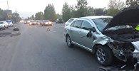 Мопед разорвало на части после столкновения с Тойота Авенсис на Илийском тракте