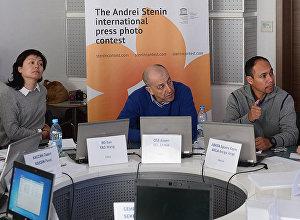 Международное жюри конкурса имени Андрея Стенина начало отбор лучших работ 2018 года