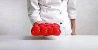 Кулинары в Харькове изготавливают торт с помощью 3D-принтера