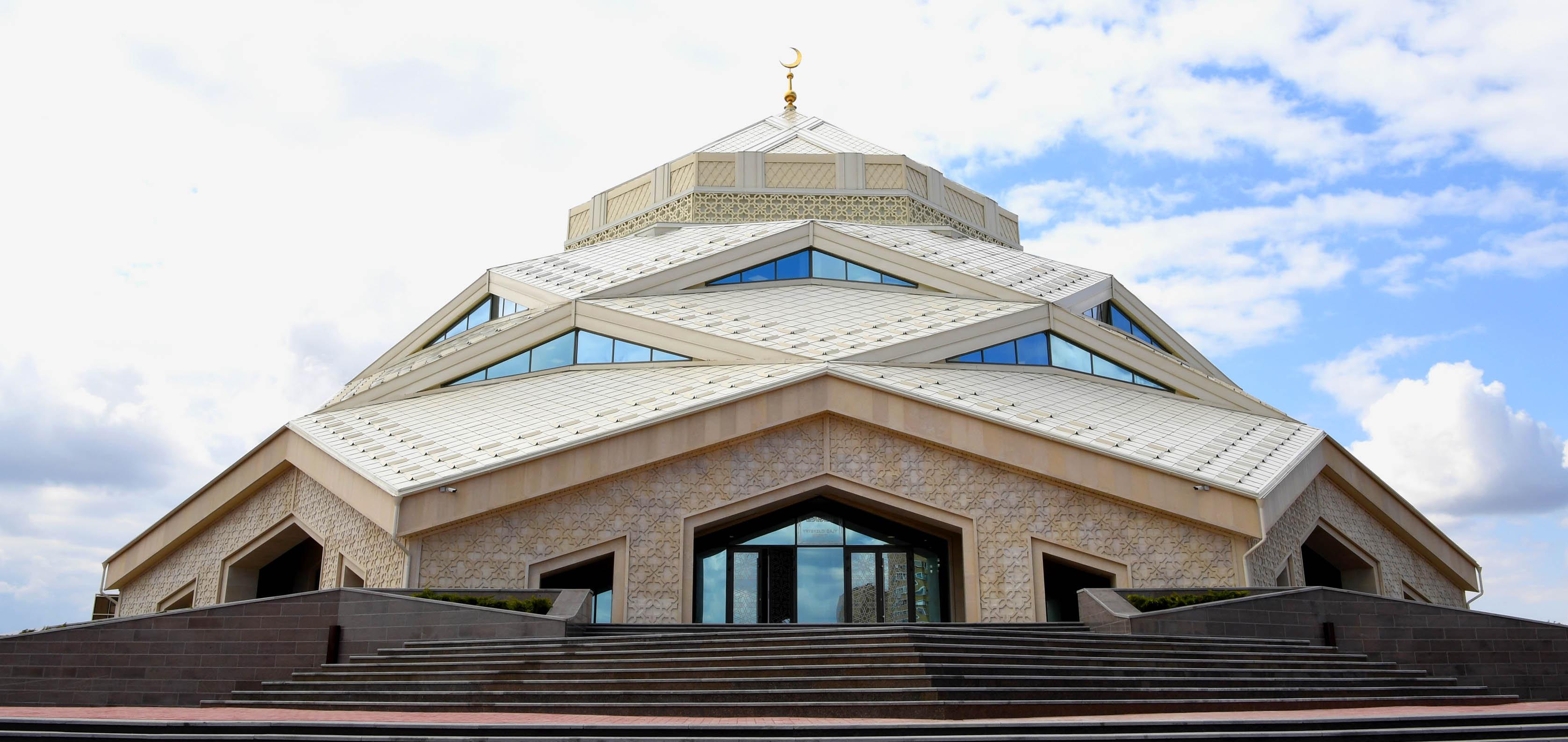 Новая мечеть в Астане