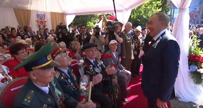 Из стали сделанные: Назарбаев восхитился ветеранами