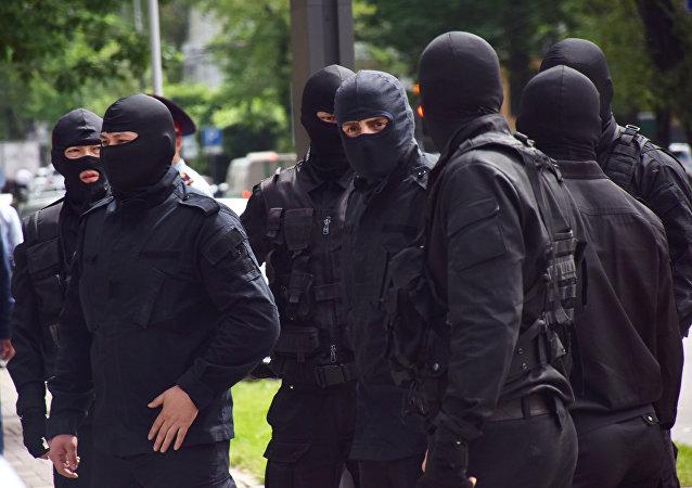 Сотрудники службы безопасности, архивное фото